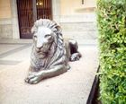 Front-of-Lion-sculpture.jpg
